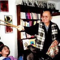 Orhan Kurt, Turkish karagöz shadow theatre master. Photo courtesy of UNIMA Turkey (UNIMA Turkiye)