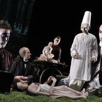 <em>Dead Puppet Talk</em> (2004) by writer, director, filmmaker and puppeteer Roman Paska, music: Richard Termini. Developed at the 2004 <em>Sunda</em>nce Institute Theatre Lab at White Oak (Florida, United States). Photo: Richard Termine