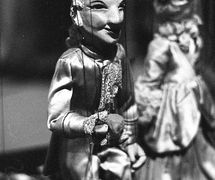 Prin<em>c</em>e Charming, string puppet by Australian puppeteer Edith Murray. Photo courtesy of Arthur Cantrill