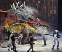 Nightmare by Creature Te<em>c</em>hnology Co. (West Melbourne, Vi<em>c</em>toria, Australia), in How To Train Your Dragon – The Arena Spe<em>c</em>ta<em>c</em>ular (2012), dire<em>c</em>tion: Nigel Jamieson, puppet design: CTC, dire<em>c</em>tor of puppetry: Peter J. Wilson. Photo: Jeff Busby