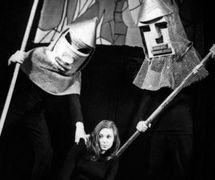 Actress Nina Shmelkova as Joan of Arc in <em>Zhavoronok</em> (The Lark, 1966) by Jean Anouilh, production of Moskovskiy teatr kukol, direction: Boris Ablynin. Photo courtesy of Archive: Rossiyskiy tsentr UNIMA (Russian UNIMA Centre, Moscow, Russia)