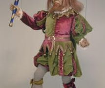 <em>Rigoletto</em>, dans <em>Rigoletto</em> par la Compagnia Marionettistica Carlo Colla e Figli (Milan, Italie), marionnette à fils, hauteur : 80 cm. Propriété d'Associazione Grupporiani. Photo: Piero Corbella