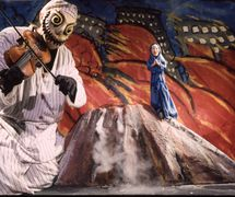 <em>Fire</em> (1994) by Center for Puppetry Arts (Atlanta, GA, United States), direction and design: Jon Ludwig. Performer featured in photo: Scott DePoy. Photo courtesy of Center for Puppetry Arts