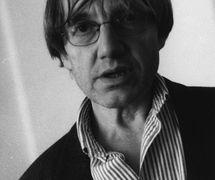 Petr Matásek (né en 1944), un s<em>c</em>énographe et dé<em>c</em>orateur t<em>c</em>hèque, également pédagogue