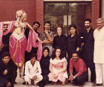 Dadi Pudumjee et le <em>c</em>asting d'<em>Utsav</em> (1983) ave<em>c</em> la grande marionnette à tiges d'Usha