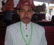 Un <em>dalang</em> joven de <em>Wayang Palembang</em> (Palembang, Sumatra del Sur, Indonesia). Foto: Karen Smith