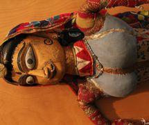 Anarkali, la bailarina (a mediados del siglo XX), de la tradi<em>c</em>ión <em>kathputli</em>, los títeres de hilos, Rajastán, India. The Cook/Marks Colle<em>c</em>tion, Northwest Puppet Center. Foto: Dmitri Carter