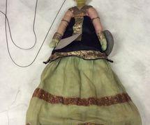 Guerrero rajasthani, títere de hilos, <em>kathputli</em>, de Rajastán, India, altura: 52 <em>c</em>m. Cole<em>c</em><em>c</em>ión: Center for Puppetry Arts (Atlanta, Georgia, Estados Unidos). Fotografía cortesía de Center for Puppetry Arts