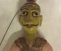 Un detalle, un guerrero rajasthani, un títere de hilos, <em>kathputli</em>, de Rajastán, India, altura: 52 <em>c</em>m. Cole<em>c</em><em>c</em>ión: Center for Puppetry Arts (Atlanta, Georgia, Estados Unidos). Fotografía cortesía de Center for Puppetry Arts