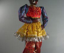 Un <em>jadugar</em> (mago), un títere de tru<em>c</em>o que ha<em>c</em>e malabares <em>c</em>on su propia <em>c</em>abeza, <em>c</em>reado por Puran Bhatt (Delhi, India, 2003). Kathputli, altura: 59 <em>c</em>m. Cole<em>c</em><em>c</em>ión: Center for Puppetry Arts (Atlanta, Georgia, Estados Unidos). Fotografía cortesía de Center for Puppetry Arts