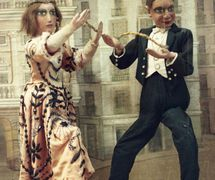 Dancers (La Tía Norica), string puppets made of wood and fabric, height: 56 cm, c. 1900. Photo courtesy of Collection: Museo de Cádiz (Cádiz, Spain).