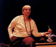 Magda Modesto giving a lecture on puppetry. Photo courtesy of Cecilia Modesto