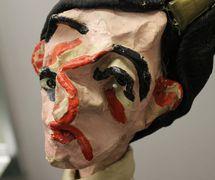 Títere de guante de estilo moderno (circa los años 1950) por Maria Signorelli (1908-1992, Roma, Italia). The Cook/Marks Collection, Northwest Puppet Center. Foto: Dmitri Carter
