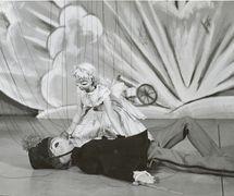 Soldier and Ballerina in <em>La boîte à joujoux</em> (1955) by Les Marionnettes de Montréal for l'Opéra de Montréal, direction: Micheline Legendre. Wooden string puppets