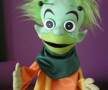 """Binkley, co-star of <em>Binkley and Doinkel Safety Show</em> (early 1970s-early 1980s) and Adventures of Binkley and Doinkel (1982). Glove and rod puppet made of latex rubber and fabric, height: 30 cm (12""""), design and fabrication: Noreen Young for Consumer and Corporate Affairs Canada (1995). Photo: Noreen Young"""