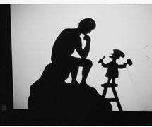 The Thinker, shadow theatre by Richard Bradshaw of Living Dodo Puppets (R. Bradshaw and M. Williams, Bowral, NSW, Australia). Photo: Margaret Williams