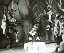 <em>Johan doktor Faust</em> (1968) by Umělecká scéna Říše loutek (Prague, Czechoslovakia), direction: Bohumír Koubek, design: Bohumír Koubek. Photo courtesy of Archive of Umělecká scéna Říše loutek