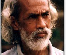 Sigit Sukasman (Yogyakarta, Java central, 1937-2009), <em>dalang</em> indonésien et créateur de <em>wayang</em> ukur. Photo réproduite avec l'aimable autorisation de UNIMA-Indonésie