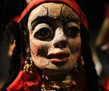Gypsy, string puppet by Odila Cardoso de Sena, Teatro Infantil de Marionetes (TIM). Photo: Carlos Mezeck de Sena