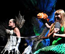 Confrontation with the Witch, in <em>La Sirène</em> (2010) by Theater FroeFroe (Antwerp, Belgium), direction and design: Marc Maillard, puppeteers and actresses: Gert Dupont, Jan Van Looveren, Nele Goosens, Karolien Liekens. Photo: Marc Maillard (www.froefroe.be)