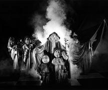 The March, scene from <em>Le <em>Seigneur des Anneaux</em></em> (1985) based on J.R.R. Tolkien's The Lord of the Rings, produced in French by Théâtre Sans Fil (Quebec, Canada), direction: André Viens, design: Michel Demers, construction: Théâtre Sans Fil workshop. Photo: Luc Beaulieu