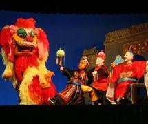 <em>Daming Prefecture</em> (大名府, 1960) by Zhangzhoushi Muou Jutuan (Xiangcheng District, Zhangzhou, Fujian Province, People's Republic of China), direction: Yang Sheng (deceased), Chen Nantian (deceased), design/construction: Yang Junwei, puppeteers: Chen Lihui, Zhuang Shoumin, Wu Jinliang, Liang Zhihuang. Glove puppets, height: 45 cm. Photo: Chen Weiqi